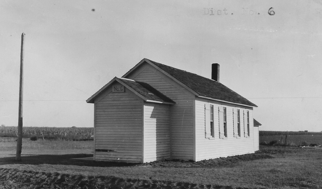 Adams County School District No. 6, known as the Busch School.  The date of this photo is unknown, but may have been taken in the 1930s.