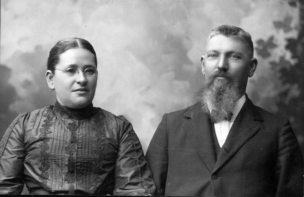 Bertha and John Kline in 1904.